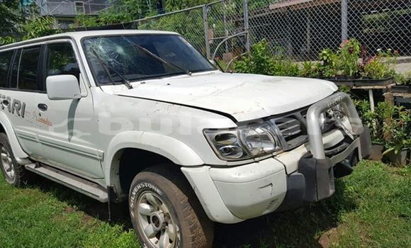 Buy Used Nissan Patrol White Car in Lautoka in Western