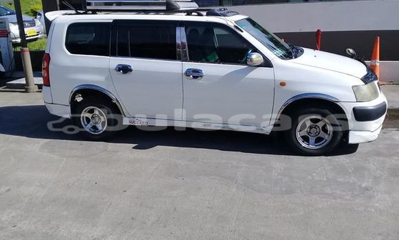 Buy Used Toyota Succeed White Car in Suva in Central