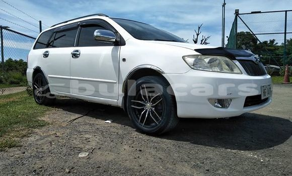 Buy Used Toyota Fielder White Car in Nadi in Western