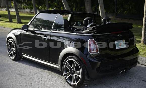 Buy New MINI Cooper Black Car in Vanuavatu in Eastern