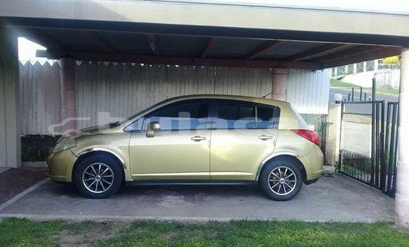 Buy Used Nissan Tiida Green Car in Lautoka in Western
