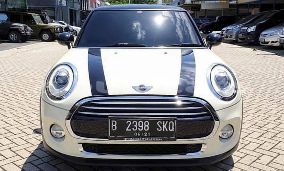 Buy New Mini Cooper White Car in Sigatoka in Western