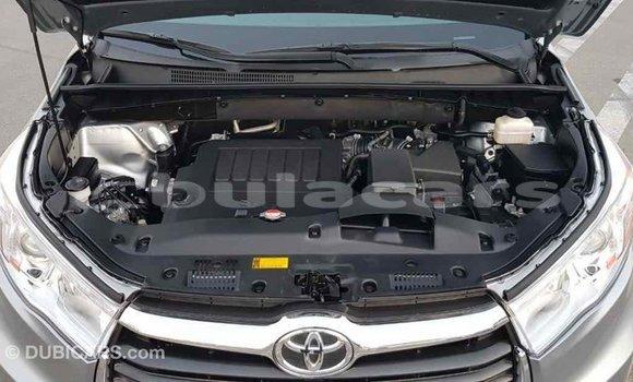 Buy Import Toyota Highlander Grey Car in Import - Dubai in Central