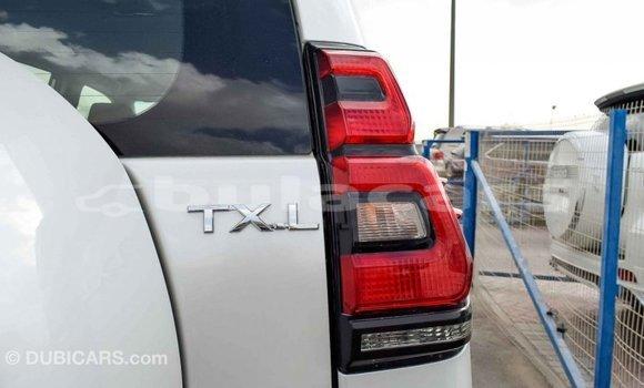 Buy Import Toyota Prado White Car in Import - Dubai in Central