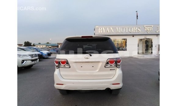 Buy Import Toyota Fortuner White Car in Import - Dubai in Central