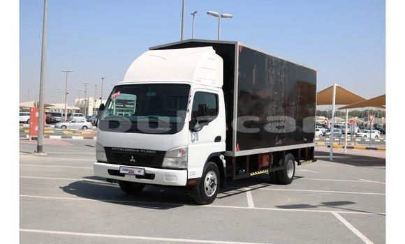 Buy Import Mitsubishi Carisma Black Car in Import - Dubai in Central