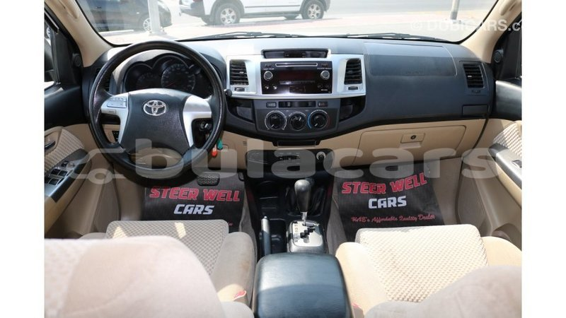 Big with watermark toyota fortuner central import dubai 5085