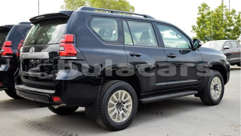 Big with watermark toyota prado central import dubai 5087