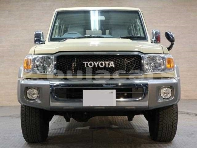 Big with watermark toyota land cruiser central suva 5096