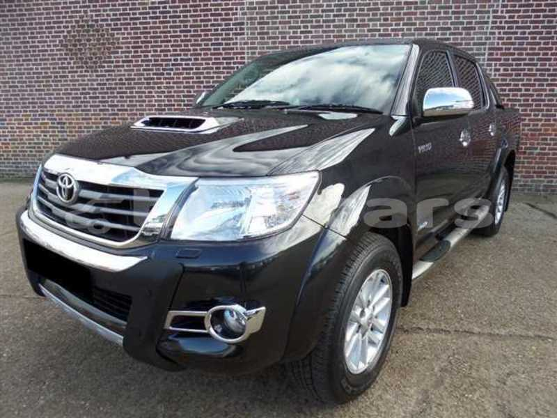 Big with watermark toyota hilux central suva 5309