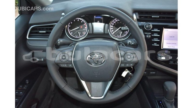 Big with watermark toyota camry central import dubai 5606