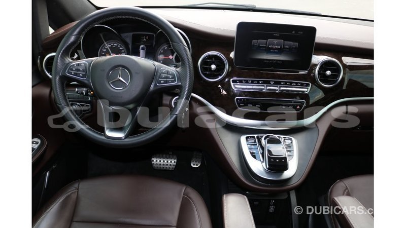 Big with watermark mercedes benz 250 central import dubai 5607