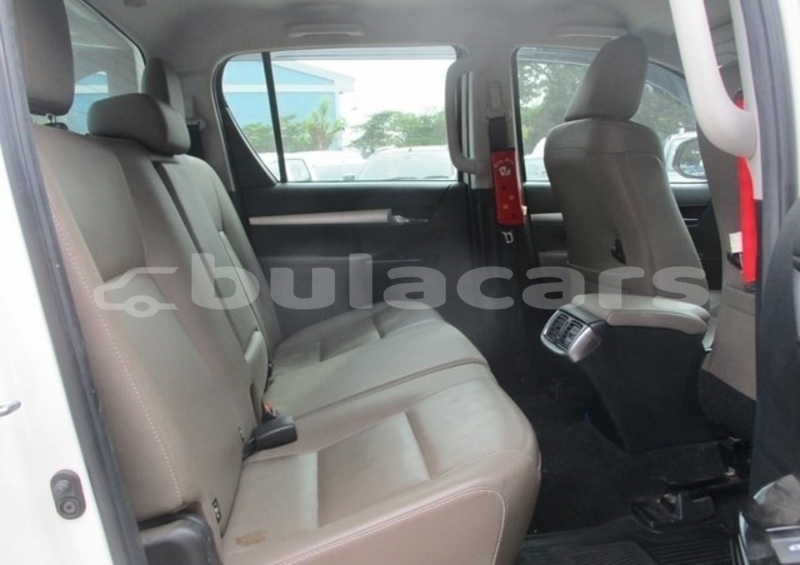 Big with watermark toyota hilux central suva 5753