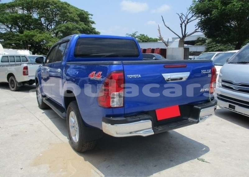 Big with watermark toyota hilux central suva 5755