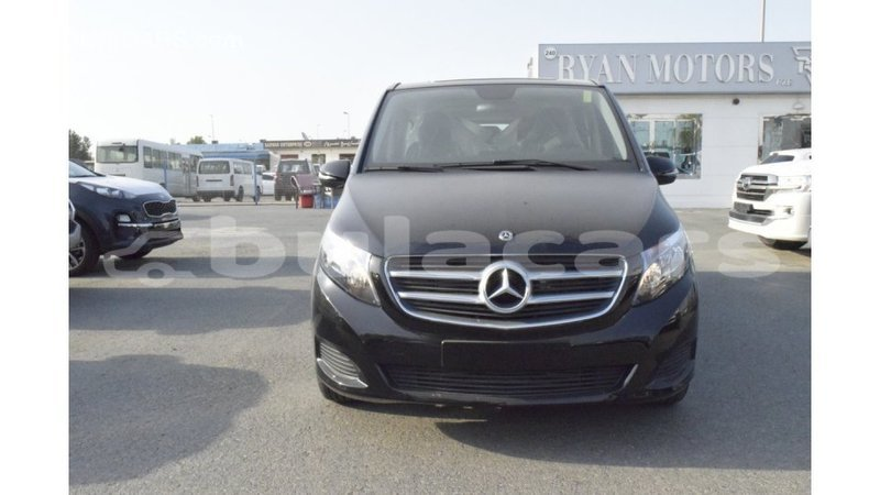 Big with watermark mercedes benz 250 central import dubai 6292
