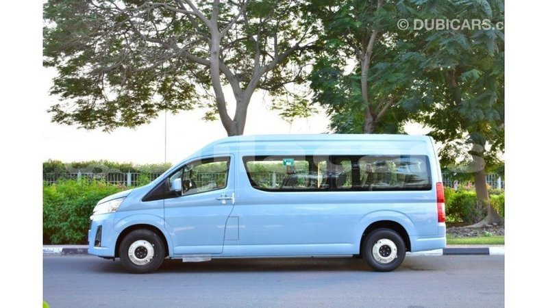 Big with watermark toyota hiace central import dubai 7101