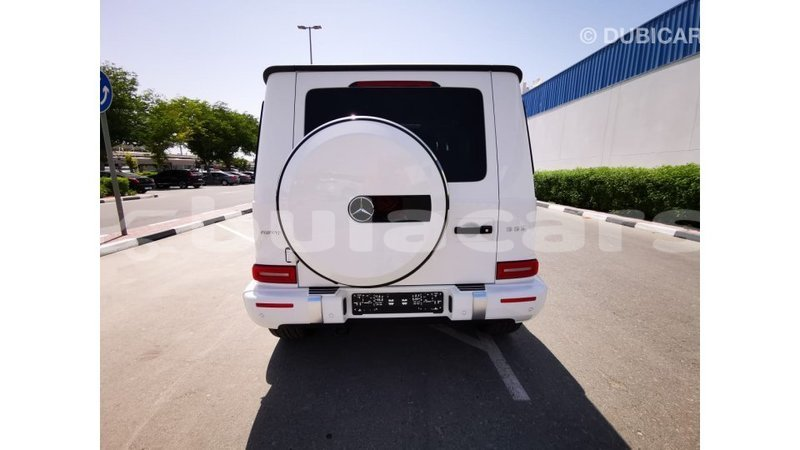 Big with watermark mercedes benz 190 central import dubai 7104