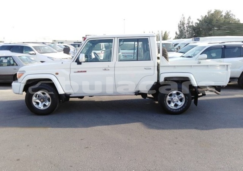 Big with watermark toyota land cruiser central suva 7144