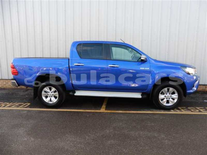Big with watermark toyota hilux central suva 7148