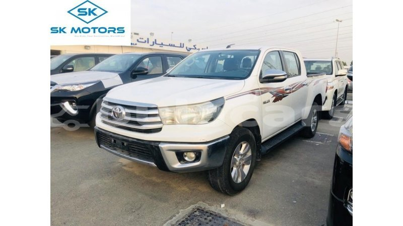 Big with watermark toyota hilux central import dubai 7312