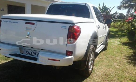Buy Used Mitsubishi L200 Other Car in Nadi in Western