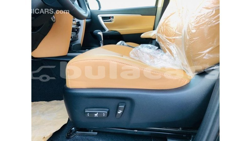 Big with watermark toyota fortuner central import dubai 7523