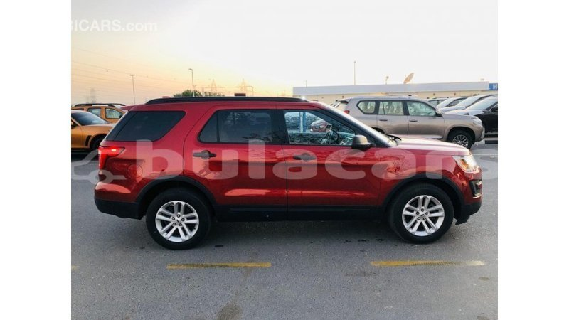 Big with watermark ford explorer central import dubai 7606