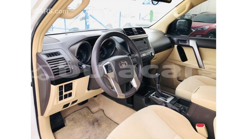 Big with watermark toyota prado central import dubai 7616