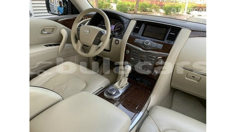 Big with watermark nissan patrol central import dubai 7710