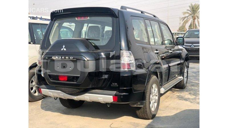 Big with watermark mitsubishi pajero central import dubai 7791