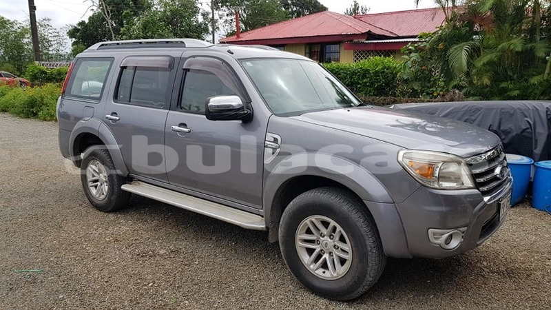 Big with watermark ford everest central navua 7844