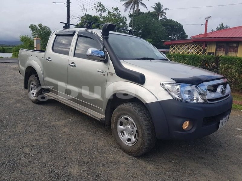 Big with watermark toyota hilux central suva 7847
