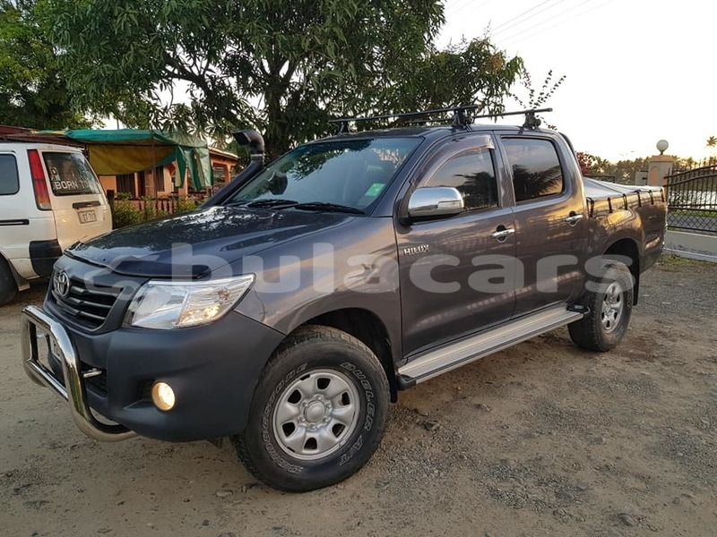 Big with watermark toyota hilux central suva 7851
