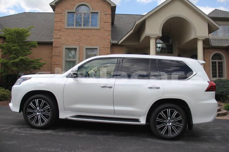 Big with watermark lexus lx 570 central pacific harbour 8003