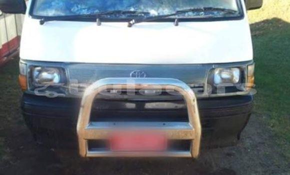 Buy Used Toyota Hiace White Car in Suva in Central