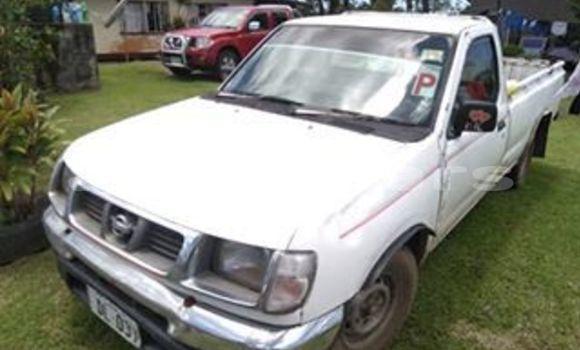 Buy Used Nissan Navara White Car in Suva in Central
