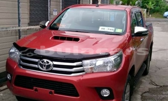 Buy Used Toyota Hilux Beige Car in Nasinu in Central