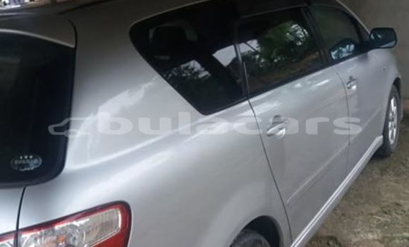 Buy Imported Toyota Ipsum Silver Car in Suva in Central