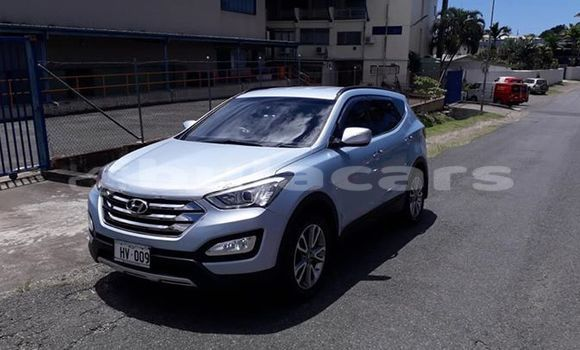 Buy Imported Hyundai Santa Fe Silver Car in Suva in Central