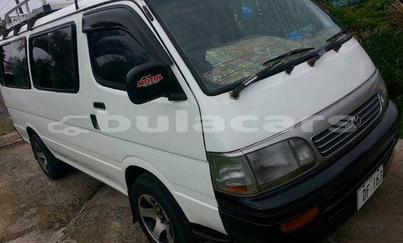 Buy Imported Toyota Hiace White Car in Suva in Central