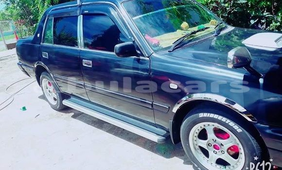 Buy Used Toyota Crown Black Car in Suva in Central