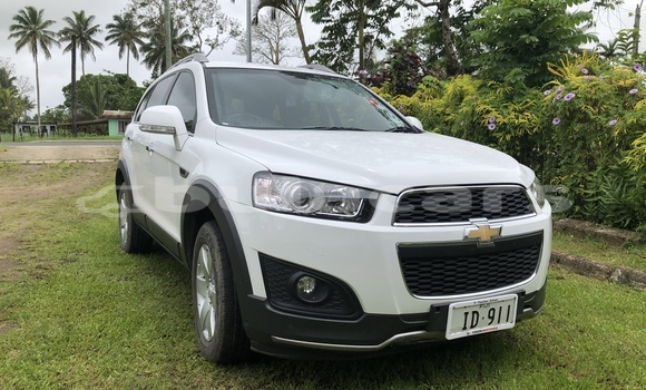 Buy Used Chevrolet Captiva White Car in Suva in Central