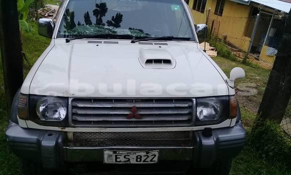 Buy Used Mitsubishi Pajero White Car in Suva in Central