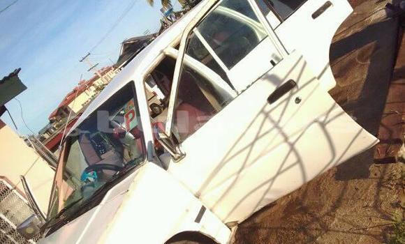 Buy Used Nissan Sunny White Car in Nadi in Western